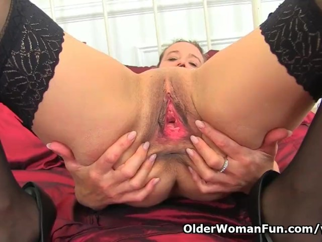 English milf caz shows you her excellent teasing skills 2