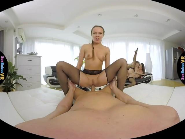 18vr daisy lee loves fuck in stockings vr porn 4