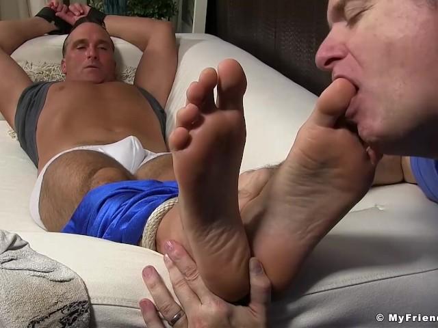 lick my male feet