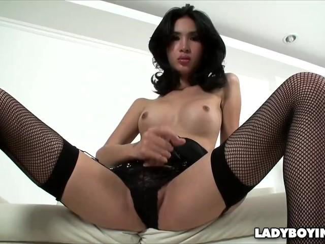 Lesbian tits lick clips