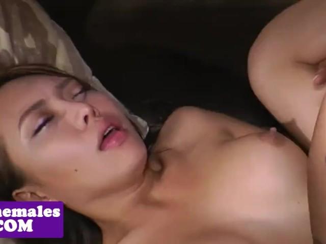 Kotitekoinen kolmikko porno elokuvaa