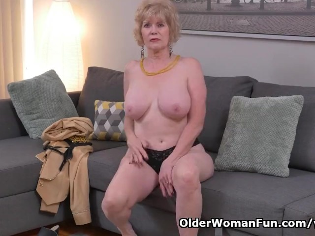 American gilf sindee dix will show you what she likes most 4