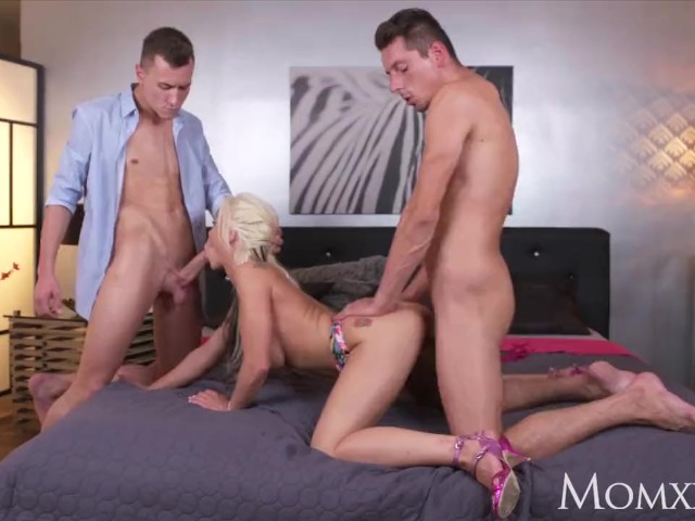 Mom British Milf Takes Two Dicks in Pussy at Same Time