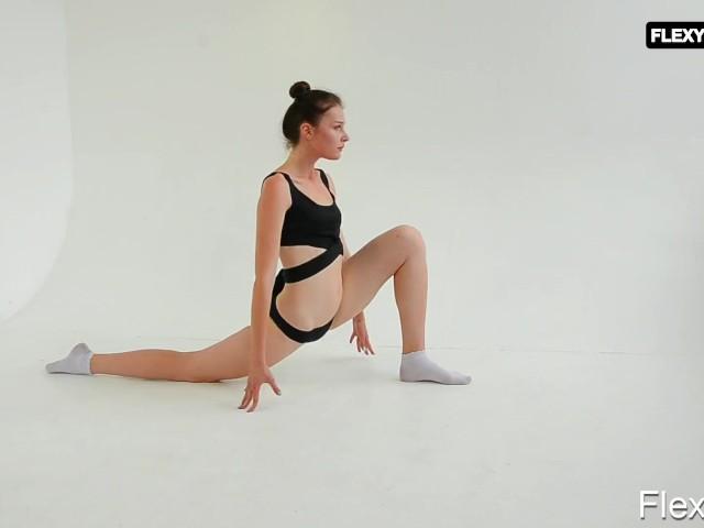 Talented and shy brunette Sinichka #1141821