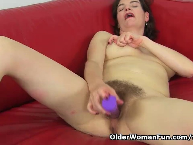 English Milf Clara Lets Her Tights Hug Her Hairy Cunt - Free Porn Videos - Cliporno