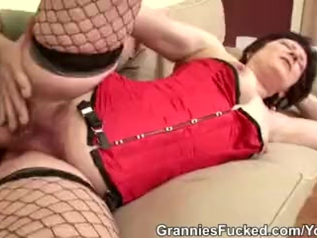 Granny Eva Loves Fucking