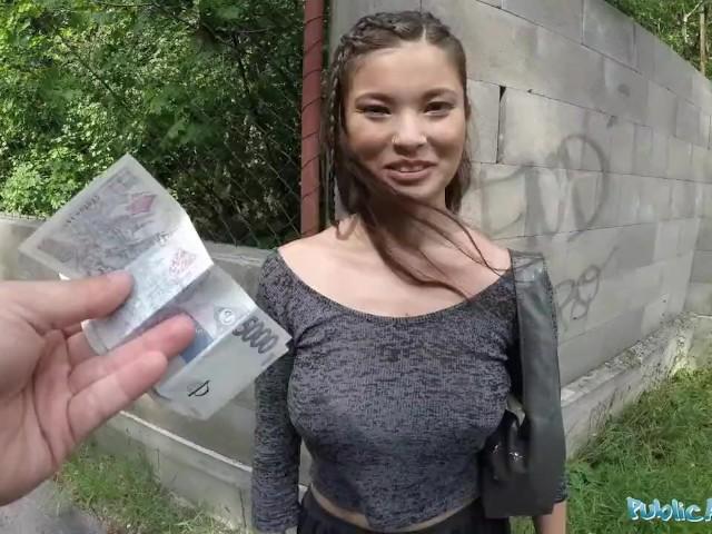 fisting-russkiy-seks-na-denga-porno-molodimi