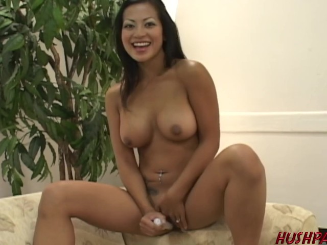 Housewife Gianna Lynn fucks dude in front of husband #1183744