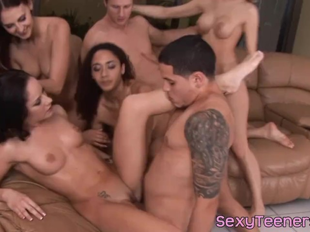 Cock orgie sucking, super hot naked