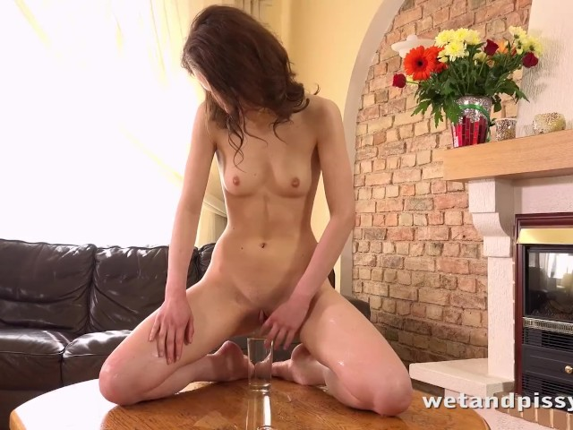 Wetandpissy - Watch this sexy girl peeing and playing with her warm juices #1157061