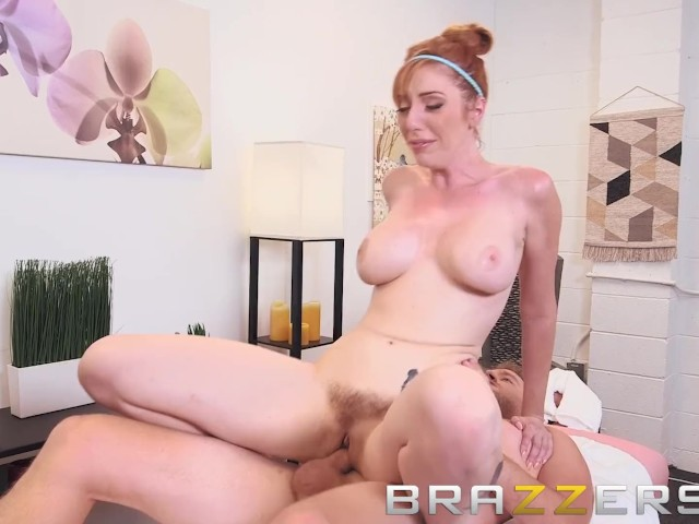 Brazzers - Dirty masseuse Lauren Phillips gives happy endings #1156606