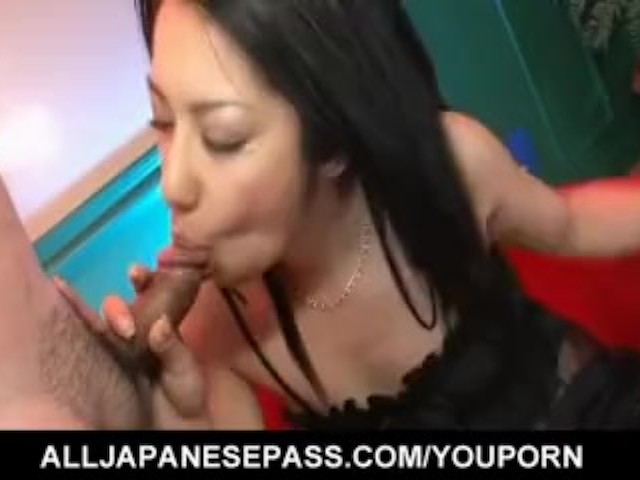 Kyoka Ishiguro Can Give Two Massive Cocks a Spicy Head