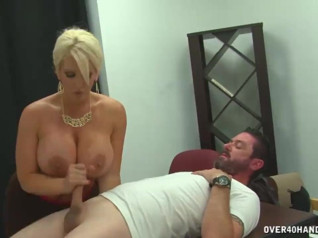 Sexy vocal teacher angel vicky charms two cocks with her vo 3
