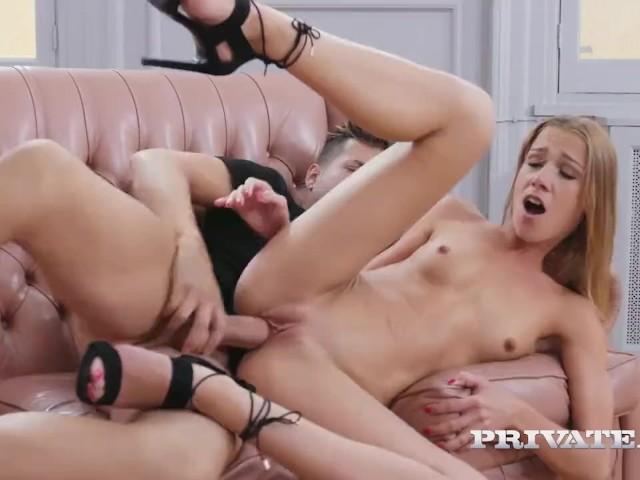 naked mom in room