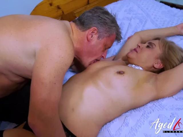 Agedlove Busty Blonde Fucking Bussinesman Hard - Free Porn Videos - Cliporno