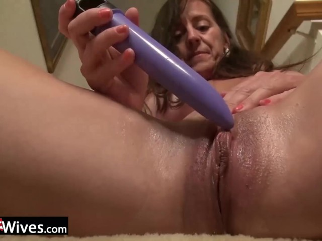 Usawives Busty Matures Enjoying Favourite Toys - Free Porn Videos - Cliporno