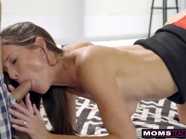 i have sex with my friends mom free xxx sex video movie