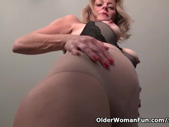 American Milf Jayden Matthews Dildos Her Mature Pussy - Free Porn Videos - Cliporno