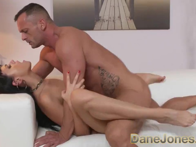 blonde gets fucked hard by her friend