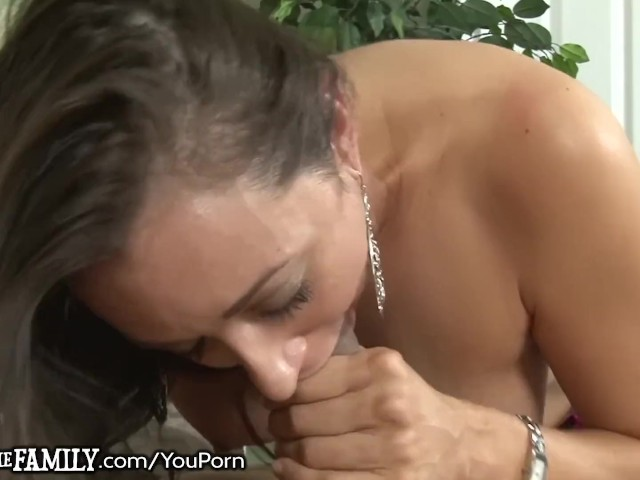 Manipulative Cougar Caught With Son-in-law in Asshole!