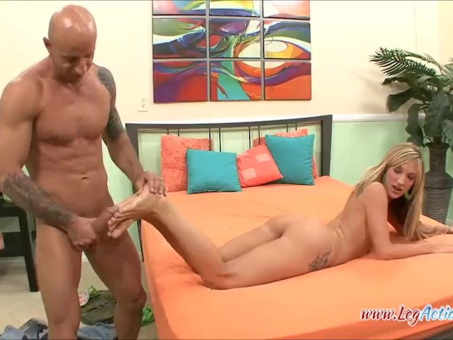 Amy brooke sucks and fucks this fan 9