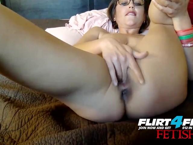 Flirt4Free Fetish Model Ruby Rozay - Hot Milf Licks Her Sexy Feet and Paddles Her Pussy #1157892