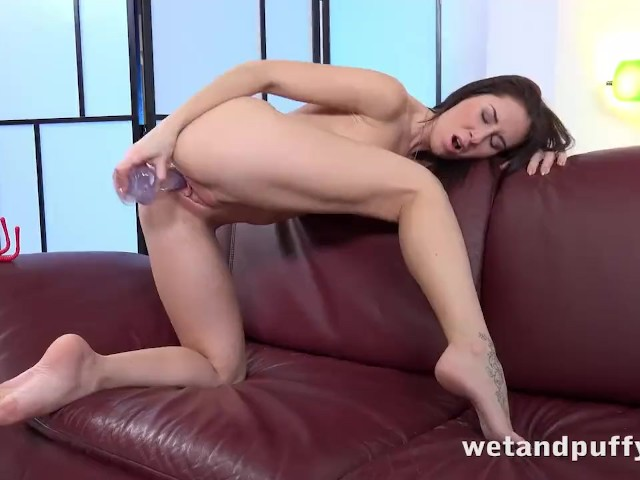 Wetandpuffy - Little Red Speculum - Sex Toys