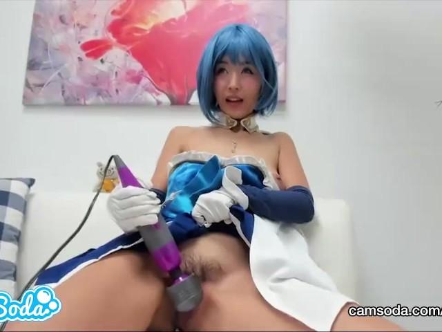 Marica Hase in Sayaka Miki Cosplay Masturbation