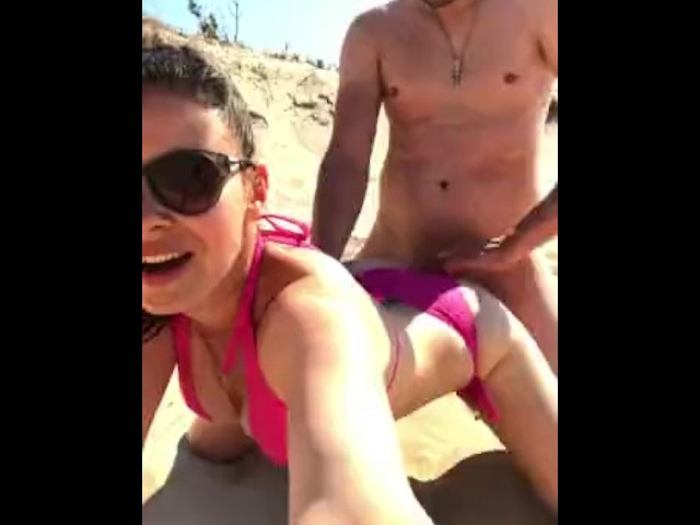 Nice Rough Sex on the Beach Whit Fancy Creampied Wife