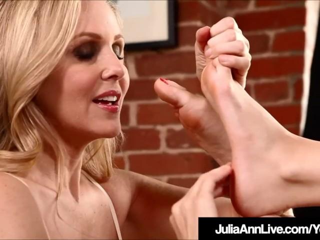 Glamour Queen Milf Julia Ann & Kimberly Kane Lick Their Feet