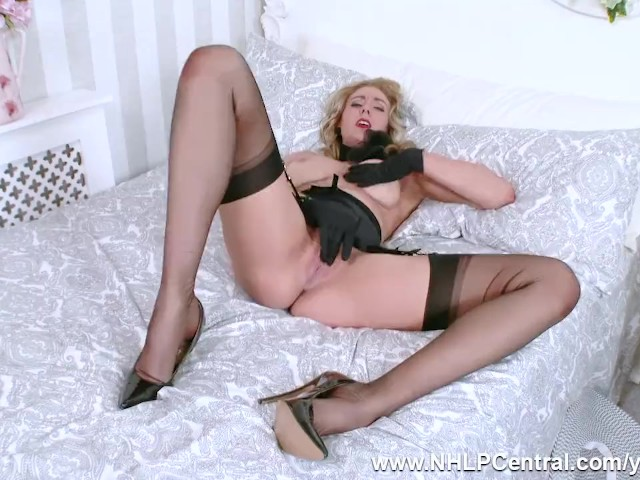 Blonde Sapphire Blue Fingers Pussy in Open Girdle and Fully Fashioned Nylons As You Wank Over Her