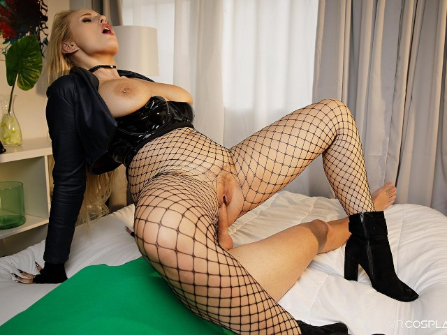 Vrcosplayx.com Make Up Sex With Busty Black Canary Xxx Parody