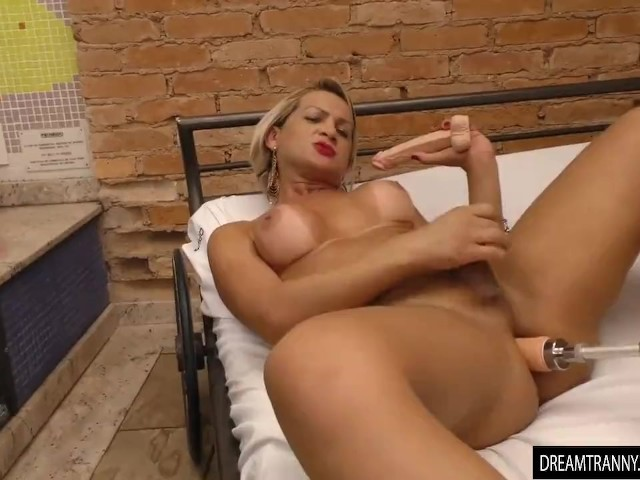 Tranny Pamela Lenvisk Rides a Dildo and a Fucking Machine in a Whirlpool Bath
