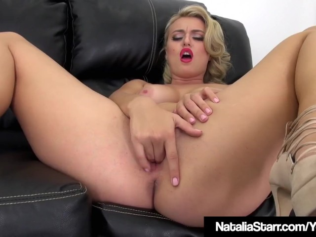 Sexy Curly Blonde Natalia Starr Rubs One Out on the Couch!