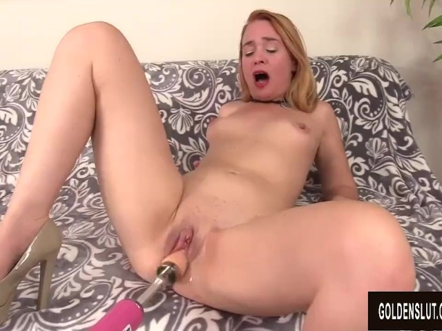 Older Slut Sable Renae Is Brought to Climax by a Dildo Machine