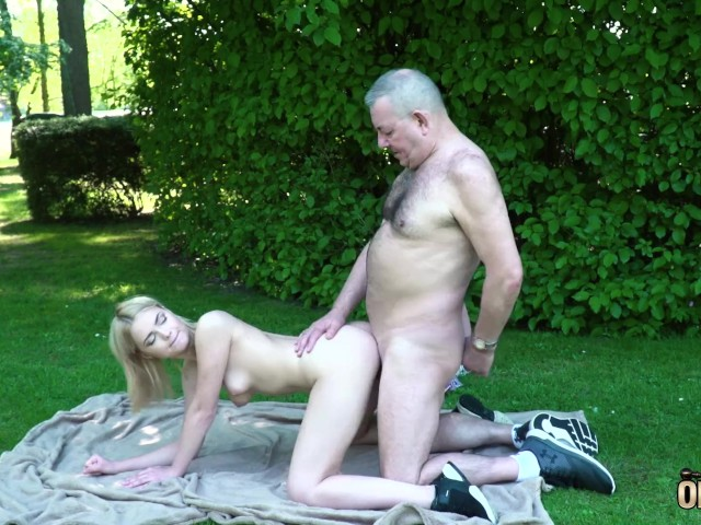 Grandpa Gets to Fuck a Young Tight Virgin Pussy and Gets a Blowjob - Free  Porn Videos - YouPorn