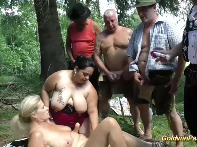 Curvy Mature Wife Creampie
