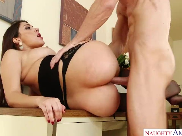 Valentina Nappi Get Fucked in the Office
