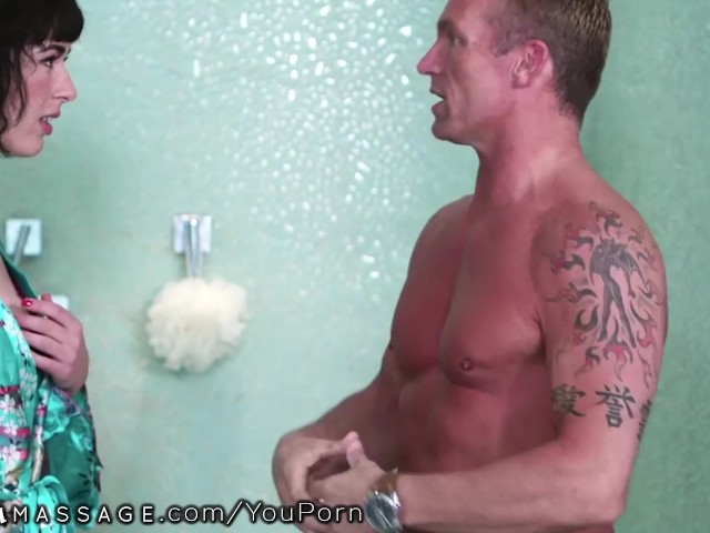 Shh.. I Rough Fucked an Amateur Masseuse & My Wife Can't Know