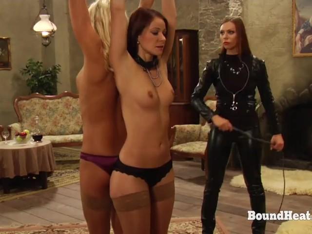 Lesbian Slave Worship Mistress