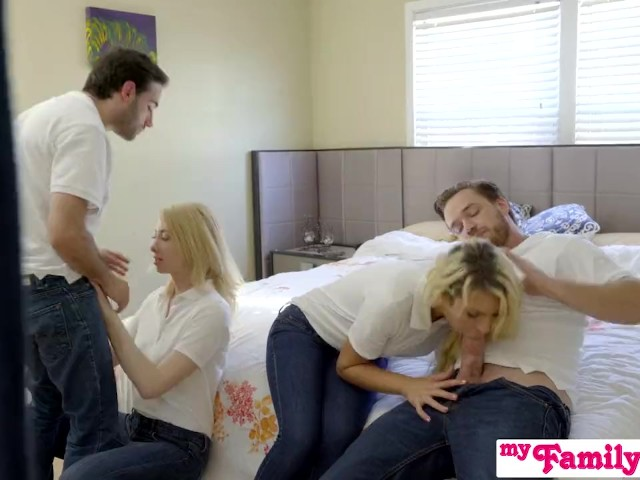 Stepsiblings Orgy Fuck in Front of Stepmom - Myfamilypies S3:E4