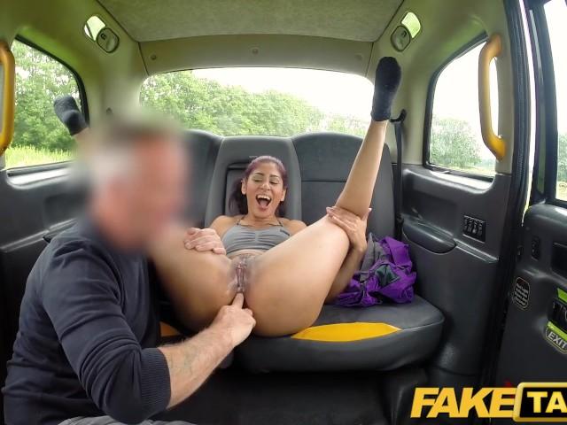 O Duce La Padure Si O Fute In Taxi Ca Avea Fantezii Nebuna