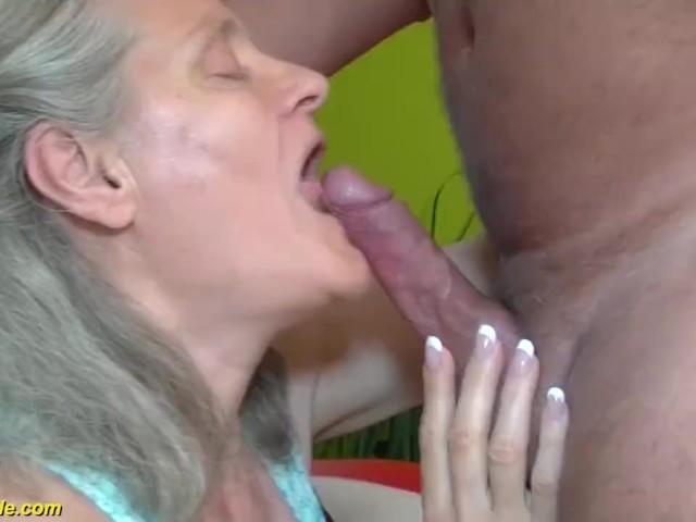 Emmanuelle chriqui hot scene