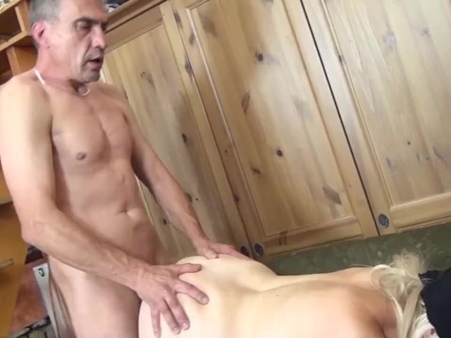Moms First Bizarre Fuck Lessom