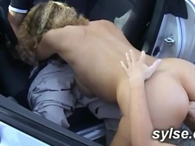 Poison Ivy et Harley Quinn lesbienne porno