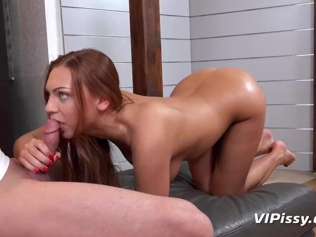 Redhead Gets Drenched in Piss by Her Personal Trainer