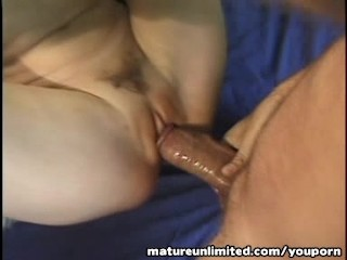 Busty  mature pounded categorical hard...in the gym
