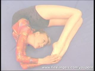 Ballerina blinking