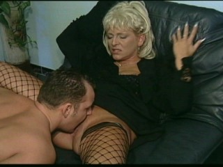 This cougar loves Hawkshaw in her abduct