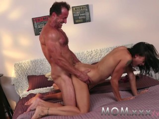 MOM Hot Mature Women Fucked Doggy Style